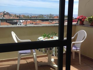 Top Floor City Center- front Mercado and Ocean, Privileged View (100 m Old town)