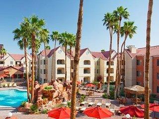 Holiday Inn Desert Club Resort - Fri-Fri, Sat-Sat, Sun-Sun only!, Las Vegas