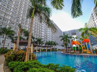 Stay in Manila - RG Shell Residences Condo Rental Cozy 1BR Condo w/Wifi & Cable