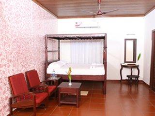 Kurialacherry House Homestay, alquiler de vacaciones en Nedumudi
