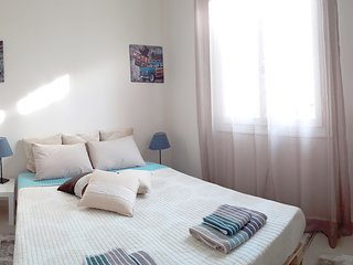 2 bedroom cozy flat in the heart of Athens