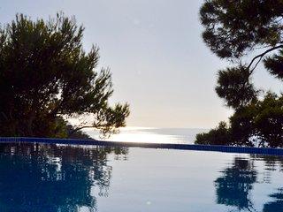 Bonita y comoda Villa, con una puesta de sol en el mar expectacular..