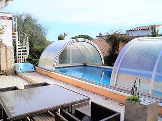 A07 Casa con piscina para 8 personas, Roses