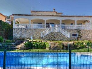 Villa a  1500 metros de la playa Sant Pol, Sant Feliu de Guixols