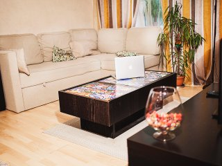 High level comfort on legendary Taganka (2 bedrooms), Moscow