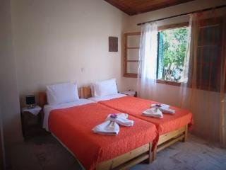 Seaview studio for 2 -3 persons - 150m from the beach and near the center
