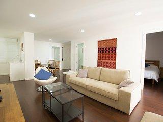 Precioso piso de 2 habitaciones con balcón y Wifi