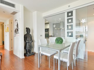 Exclusive and Modern Apartment! i2B