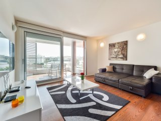 Exclusive and Modern Apartment! i3B