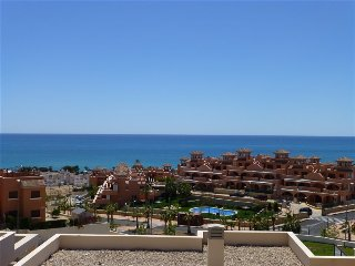 Superb apartment overlooking the beautiful Mediterranean, Isla Plana