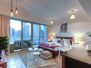 Luxury Apartment at the bottom of Burj Khalifa