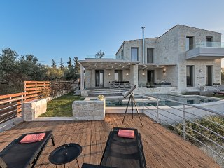 Faidra Luxury Seaview Villa, Kontomari Chania