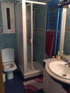 Toilette con ducha