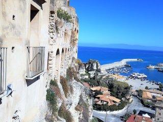 Appartamento 'La Rocca del Ciclope'