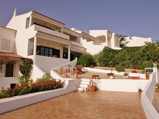 Spacious 3 Bedroom Townhouse with Sea and Marina Views