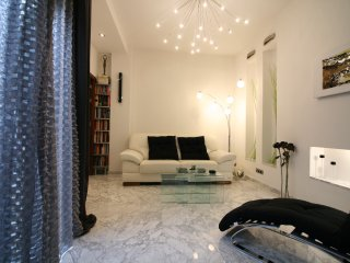 [123] Modern and design with parking only 5 min from centre, Sevilla
