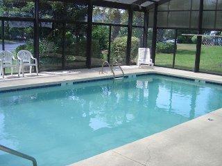 2 bedroom golf condo, outdoor swimming pool, indoor swimming pool, WIFI