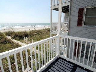 2 bedroom direct oceanfront pet friendly condo, WIFI, outdoor swimming pool