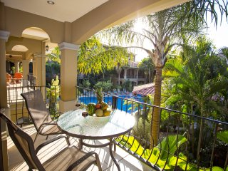 Luxury Pool and mountain view condo #1, Jaco