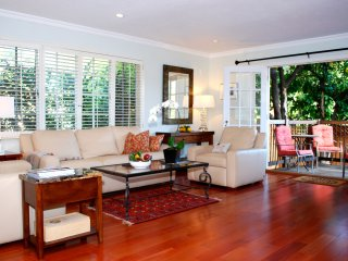 Awesome Location! Luxe Wine Country Home-Only 2 Blocks to St Helena's Main St