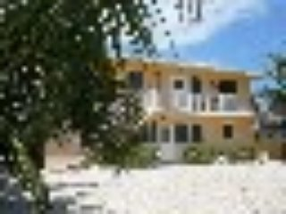 3/2 or 6/4 Tropical Parroteyes, Location,Comfort Views!