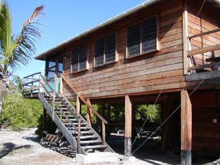 Luckydog Dive Cabin, Long Caye