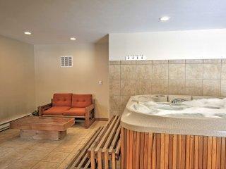 Riverside Winter Park Condo w/ Hot Tub Access!