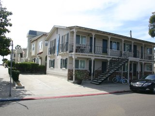 Adorable Newly Renovated Studios Steps to Ocean, South Mission Beach- 6