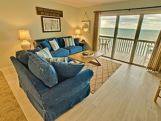 Surf Condo 123 - Remodeled! Oceanfront with Pool and Beach Access, Surf City
