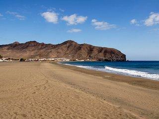 Precioso apartamento  vacacional pegado a la playa, Gran Tarajal Fuerteventura