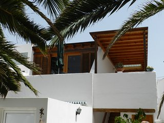 Exceptional nice spacy and quite 1st floor apartment, 400 m from beach