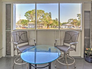 NEW! 2BR St. Petersburg Apartment w/Beach Views!