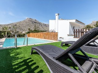 Villa Can Boyet with private pool and garden, Pollença