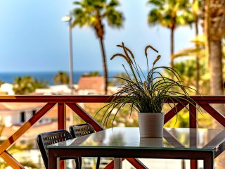 Lovely Apartment With Ocean View in Las Americas!!, Playa de las Americas