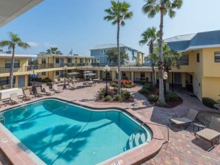 Unit 204 - Perfect Getaway! Beach Access directly Across the Street! Mins from S