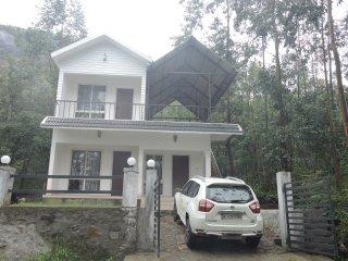 LOVENEST HOLIDAYS, Kanthalloor