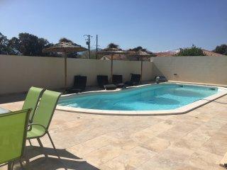 Aleria, Villa recente T4 de 140m2 tout confort avec piscine privative chauffee