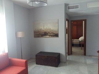 Apartamento con Terraza junto estación metro Ciudad Expo