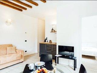 BRERA SWEET HOUSE , NUOVO BILOCALE A SOLI 10 MINUTI DAL DUOMO, Milán