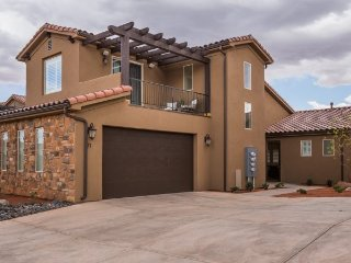 Contemporary Villa #71 at Paradise Village, 3 Bedroom St. George Vacation