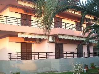 Toroni Apartments Hotel