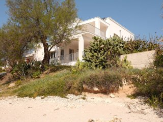 Beach Villa Puglia - Beach Villa 6 bedroom 5 bathroom stylish luxury