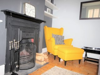 Delightful 2 Bedroom Cottage with parking and a gorgeous garden, Deal
