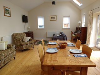 A lovely renovated old cartshed providing a great base for holidays in Norfolk., Fakenham