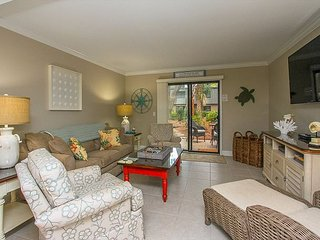 26 Ocean Club- Oceanfront Complex - Pool Side - Fully Renovated -, Hilton Head