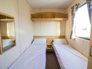 Ref 50057 Grouse, 3 Bed 8 Berth, Wheelchair accessible. California Cliffs., Hemsby