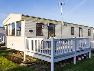 Ref 50057 Grouse, 3 Bed 8 Berth, Wheelchair accessible. California Cliffs.