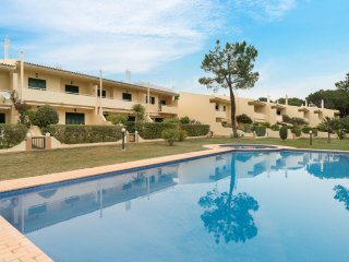 Glim Red Villa, Vilamoura, Algarve