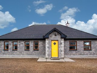 Ballinfull, Benbulben, County Sligo - 16068