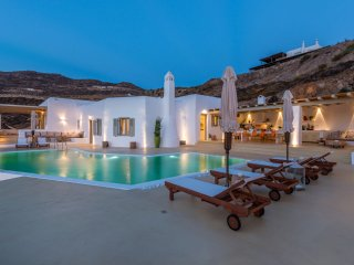 7 Bedroomed Holiday Villa For 14 Pax With Private Pool In Mykonos-207, Mykonos Town